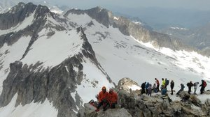 Unos montañeros en el Aneto.