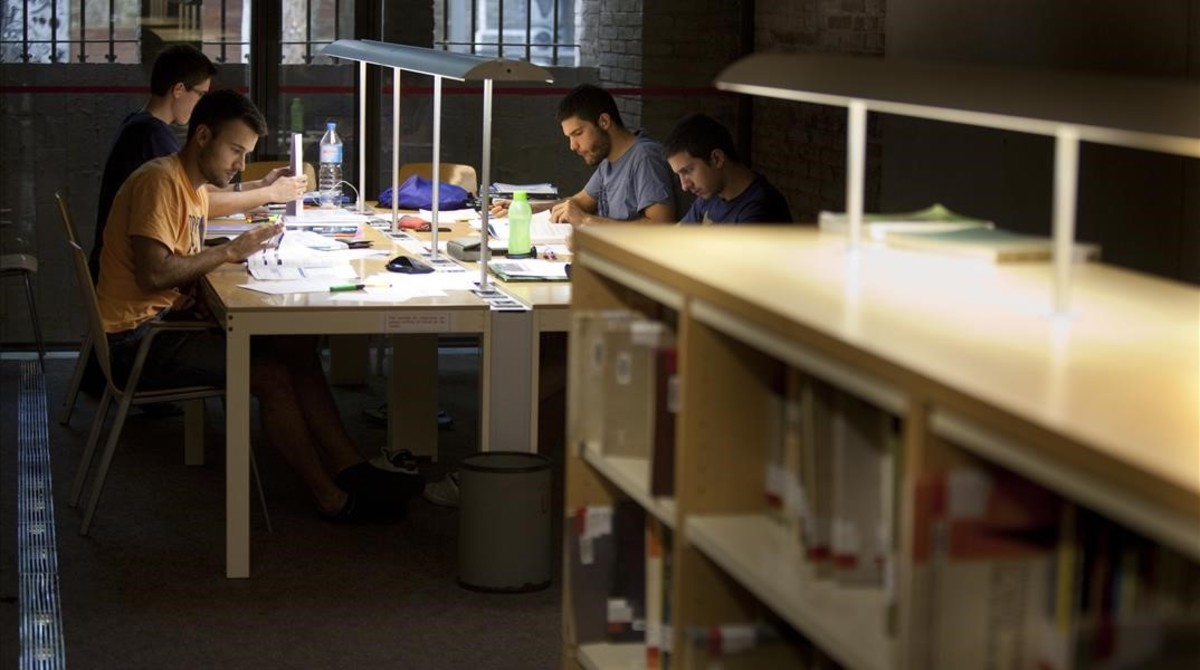 Varios estudiantes de la Pompeu Fabra, en una imagen de archivo