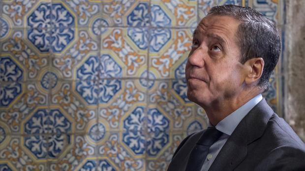 Se le acusa de un presunto delito de blanqueo de capitales y otro fiscal por aflorar comisiones