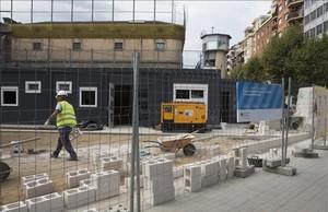Módulos en la nueva escuela Eixample 1, que ocupa una parte de la antigua prisión modelo, el pasado jueves.