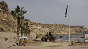 Vista general de la playa de Horcas Coloradas de Melilla
