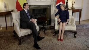 zentauroepp41197562 british prime minister theresa may right and spanish prime171205134909