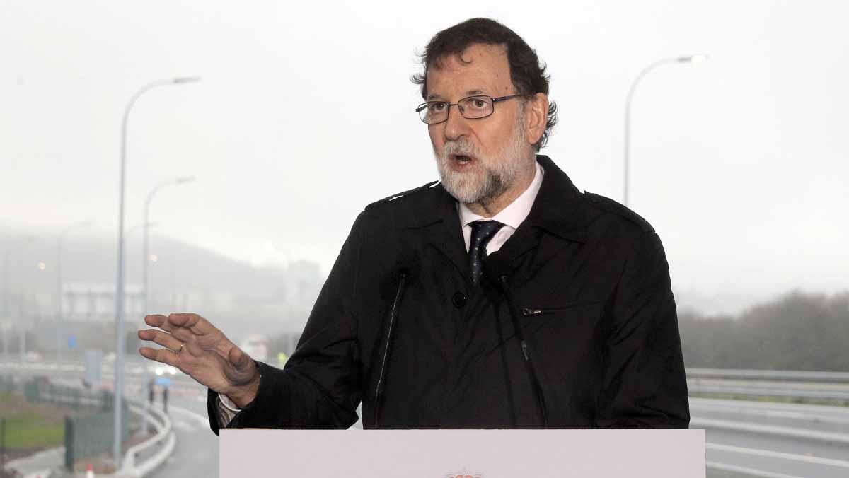 Rajoy diu que les inversions en infraestructures milloren la qualitat de vida i ajuden al creixement econòmic.