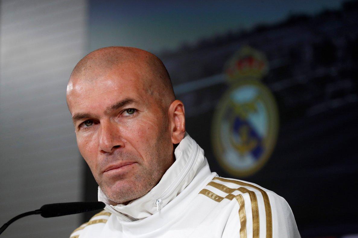 El técnico del Madrid Zinedine Zidane este viernes en rueda de prensa.