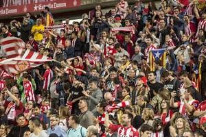 Aficionados del Girona, en las gradas de Montilivi, en el partido contra el Madrid.
