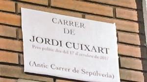 Diversos carrers de Barcelona, retolats amb els noms dels empresonats pel procés