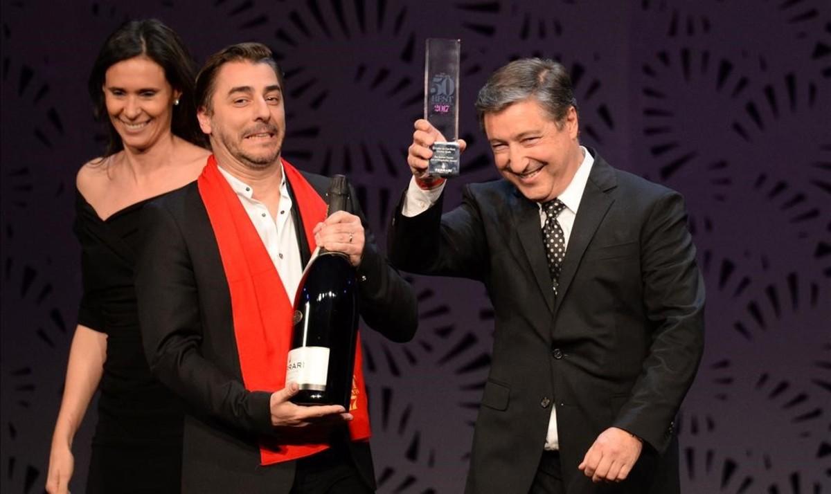 Jordi y Joan Roca, este miércoles en la gala de la revista 'Restaurant' en Melbourne, donde El Celler de Can Roca ha sido distinguido como tercer mejor restaurante del mundo y ha ganado el premio El Arte de la Hospitalidad.