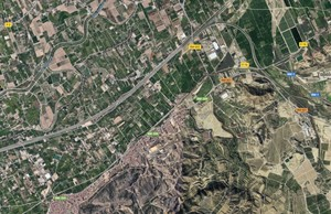 Imagen aérea de la zona en la que han sido hallados tanto el cuerpo como el coche calcinado.