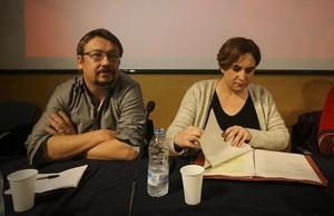 El coordinador general de Catalunya en Comú y portavoz de En Comú Podem en el Congreso de los Diputados, Xavier Domènech, y la alcaldesa de Barcelona y líder de Barcelona en Comú, Ada Colau.