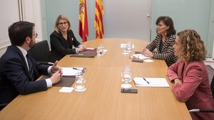 Encuentro en el Palau de la Generalitat entre representantes del Gobierno y de la Generalitat, el pasado 29 de diciembre en Barcelona.