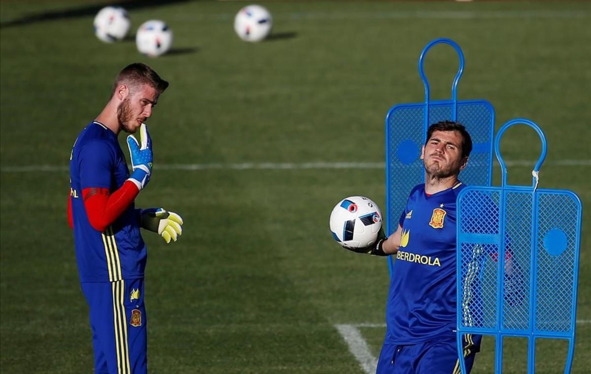 Entrenamiento de los porteros de la selección, David de Gea y Iker Casillas.