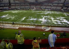 Aspecto que presentaba el Estadio Monumental de Buenos Aires poco antes de la hora de inicio del partido.