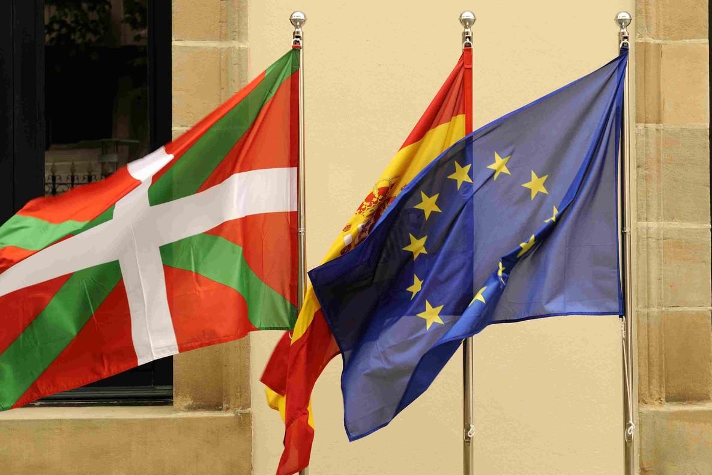 Los contrarios a un País Vasco fuera del Estado español han crecido ocho puntos en el último año.