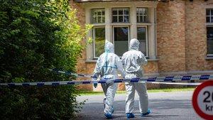 Forenses belgas, en la escena del crimen en Brujas, este sábado.