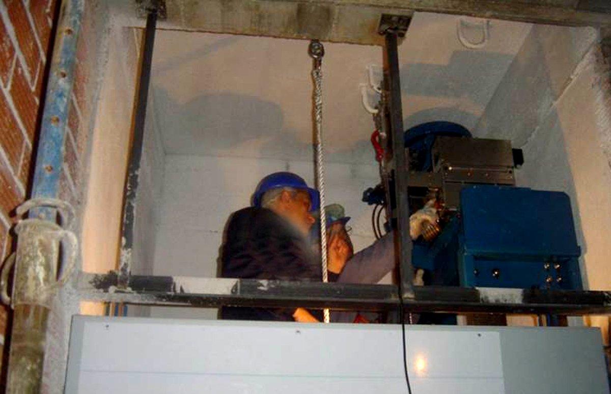 L'ús de l'ascensor a les comunitats