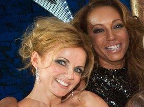 Geri Halliwell y Mel B, dos de las componentes de las Spice Girls.