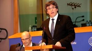 Carles Puigdemont, durante su conferencia en el Parlamento Europeo.