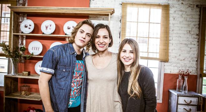 Jaime Olías, Natalia Millán y Lucía Gil, en la serie 'Yo quisiera'.