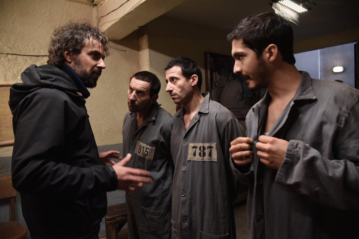 Álvaro Brechner (izquierda), con los tres protagonistas.