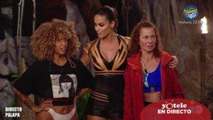 Lara Álvarez junto a Yiya y Vicky Larraz, primeras expulsadas de la Palapa de 'Supervivientes 2020'.