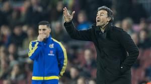 Luis Enrique da instrucciones durante el Barça-Athletic en la vuelta de la Copa del Rey,