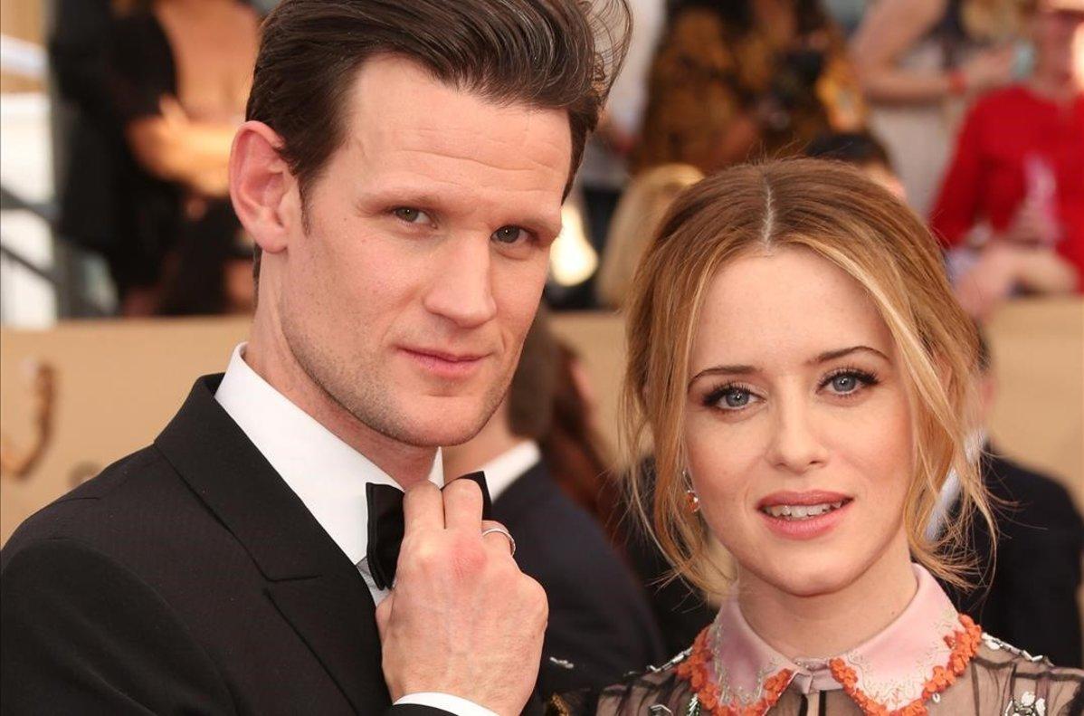 Matt Smith y Claire Foy, en una presentación de 'The crown' en Los Ángeles, en el 2017.
