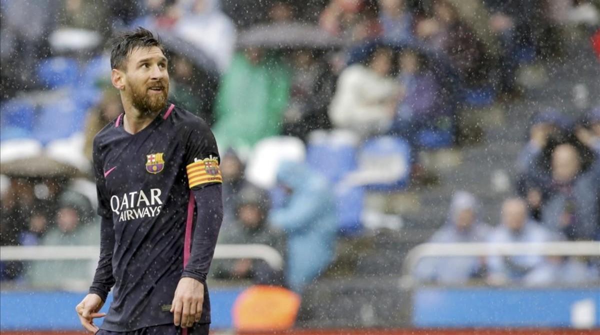Leo Messi, en el transcurso del Deportivo-Barça de Liga.