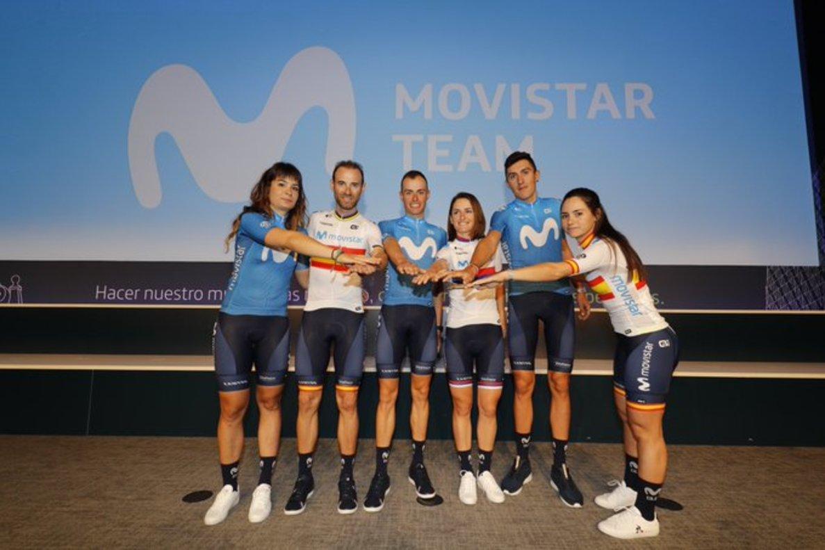 De izquierda a derecha, Sheila Gutiérrez, Alejandro Valverde, Enric Mas, Jelena Eric, Marc Soler y Lourdes Oyarbide, en Madrid.