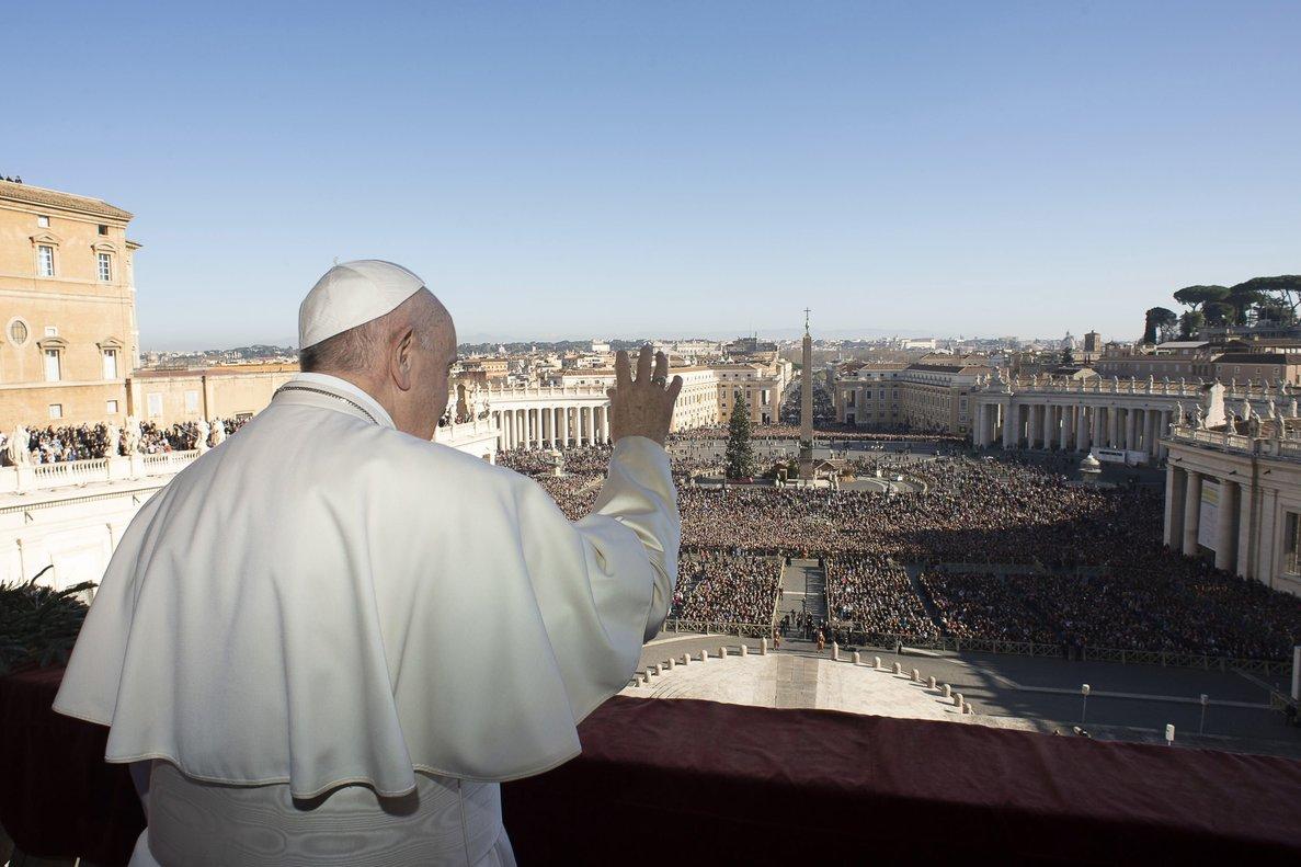 El Papa Francisco, este miércoles, en el balcón balcón de la logia central de la basílica de San Pedro.