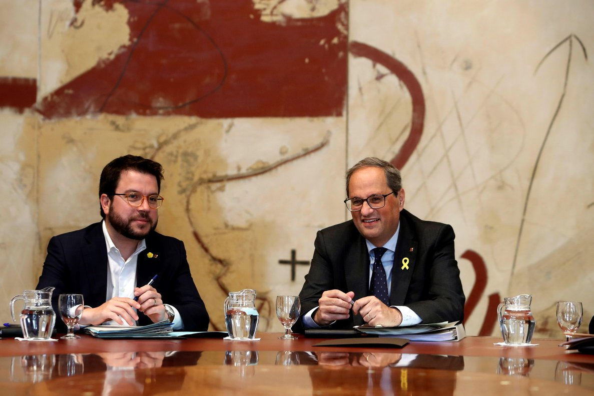 Pere Aragonès, junto a Quim Torra, en el Consell Executiu de esta semana.
