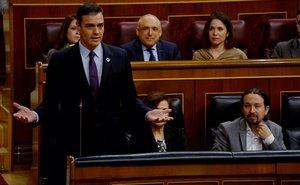 El presidente del Gobierno, Pedro Sánchez, durante la primera sesión al Ejecutivo.