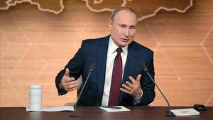 El presidente ruso, Vladímir Putin, durante la rueda de prensa que ha ofrecido este jueves en Moscú.