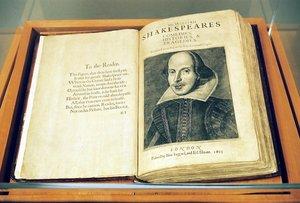 Primer Folio que recoge obras de William Shakespeare.