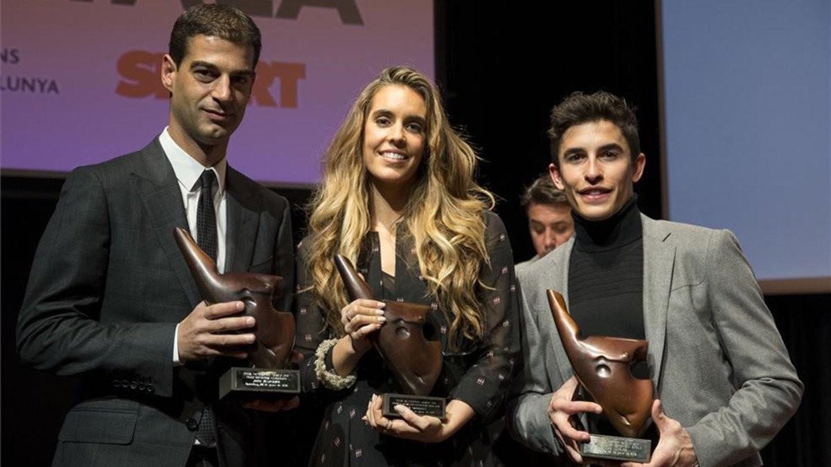 Gerard López, Ona Carbonell y Marc Márquez, los premiados.