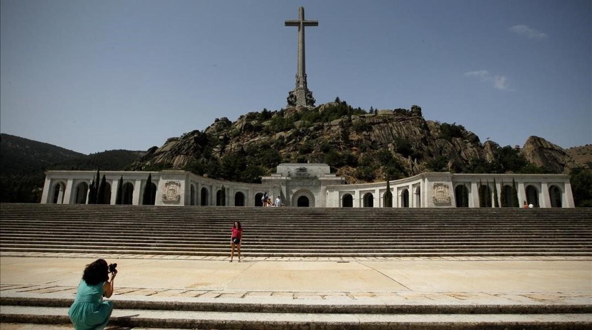 """Sánchez insisteix en el seu pla per al Valle de los Caídos: els monuments que """"enalteixen la dictadura aviat seran passat"""""""