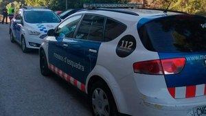 Un vehículo de los Mossos en una calle de Tarragona, el pasado día 22 de mayo.