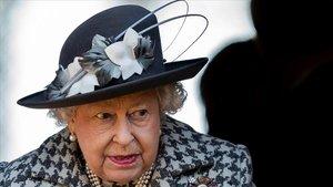 Isabel II redueix el cercle familiar