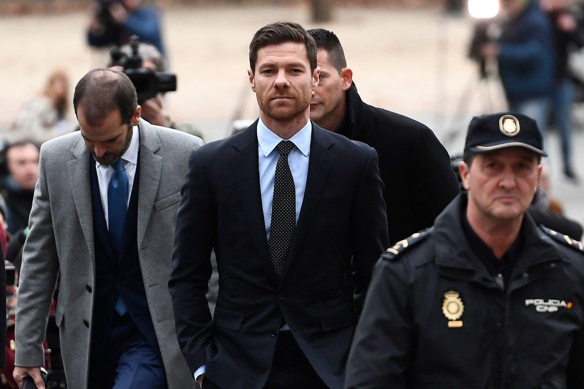 El ex futbolista Xabi Alonso a su llegada este jueves a los juzgados.