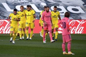 Los jugadores del Cádiz celebran un gol ante el Madrid.