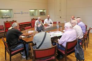 El alcalde de Terrassa, Alfredo Vega, se reúne con la Comisión de Rieras.