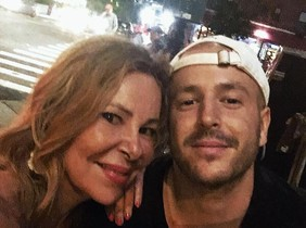 Ana Obregón posa junto a su hijo, Álex Lecquio, en Nueva York.