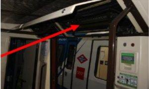 Imagen incluida en una circular de Metro de Madrid que muestra uno de los lugares de los vagones donde se ha hallado amianto.