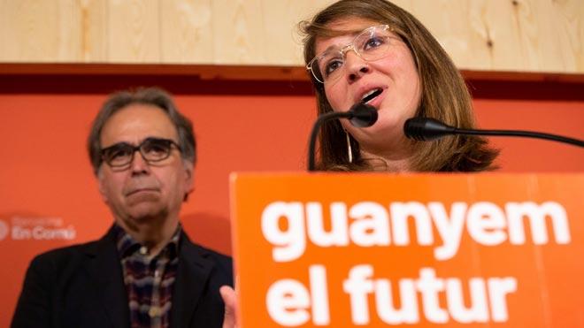 Barcelona en Comú defiende un gobierno a tres con ERC y PSC.