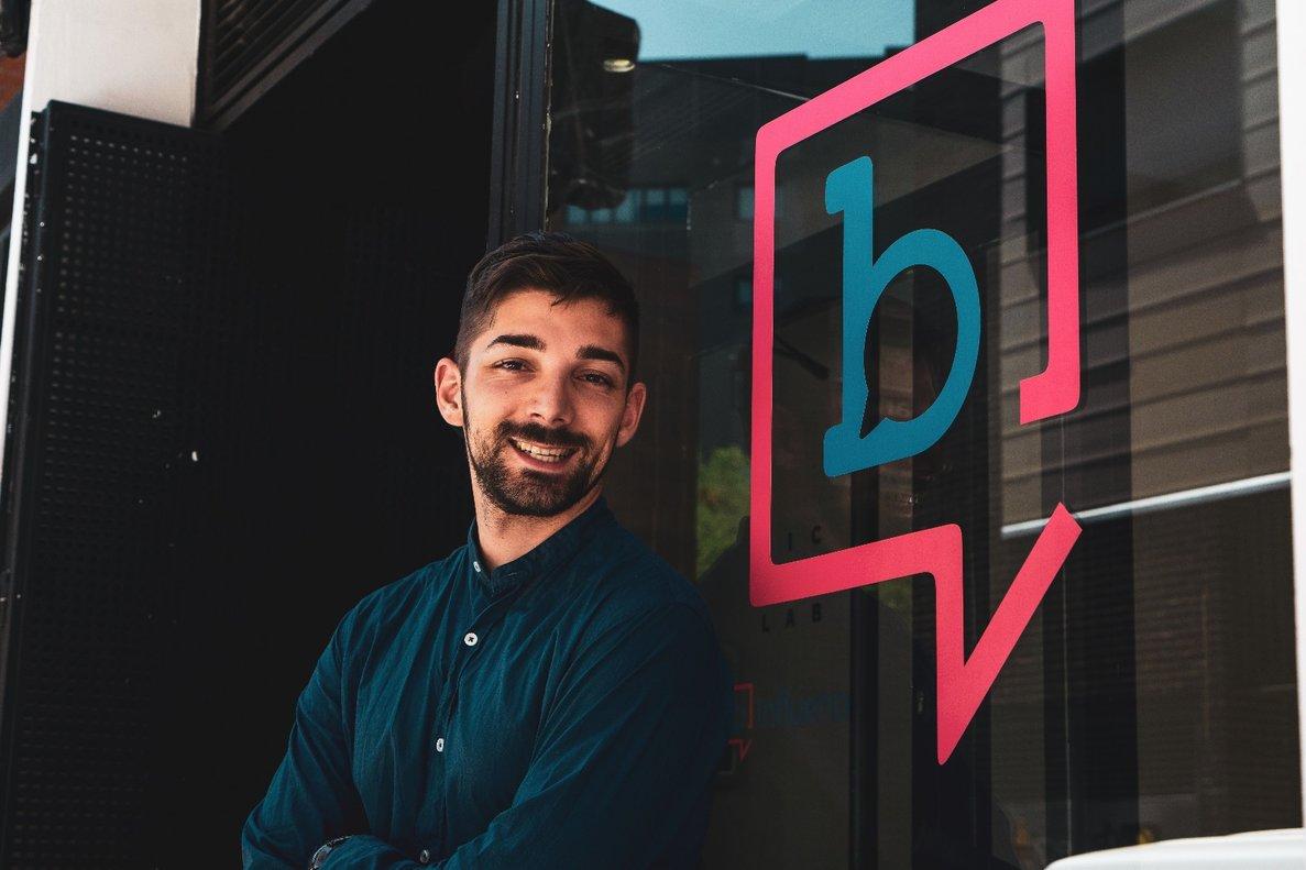 Javier Yuste, cofundador y CEO deBinfluencer.