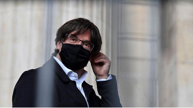 Carles Puigdemont dice que ha retomado de manera incipiente el contacto con Oriol Junqueras. En la foto, el 'expresident' en Bruselas, el pasado 23 de junio.