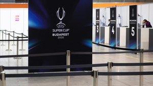 Centro de bienvenida de Budapest de la Supercopa.