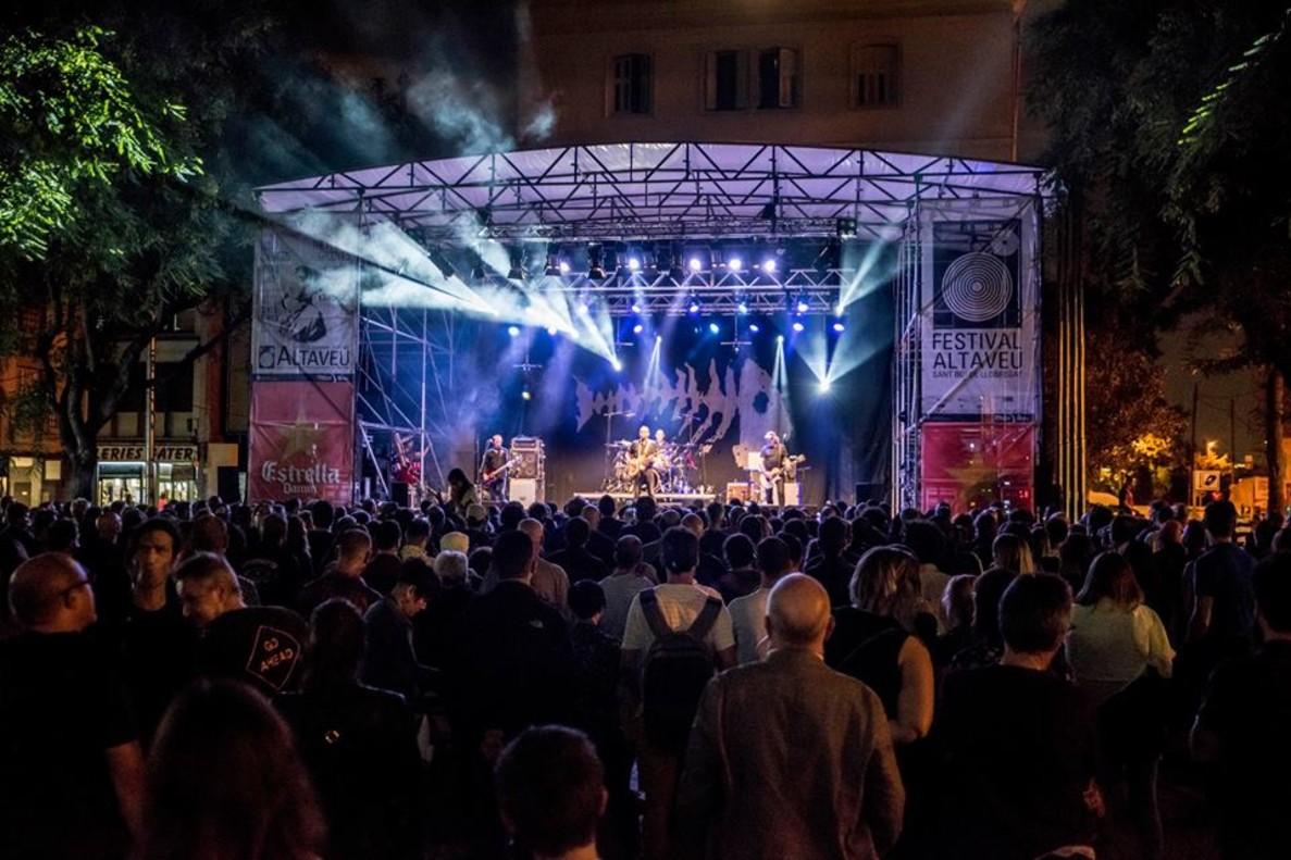 Concierto de Los Enemigos en el Festival Altaveu 2017