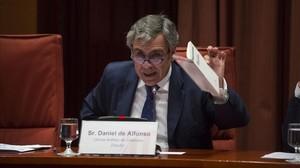 Daniel de Alfonso, exdirector de la Oficina Antifrau, durante su comparencia en el Parlament por el 'Fernándezgate'.