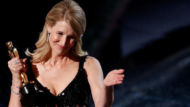 Laura Dern s'emporta l'Oscar a millor actriu de repartiment per 'Historia de un matrimonio'