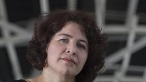 La escritora salvadoreña Claudia Hernández.